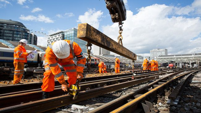 Rail network grinds to a halt over construction works